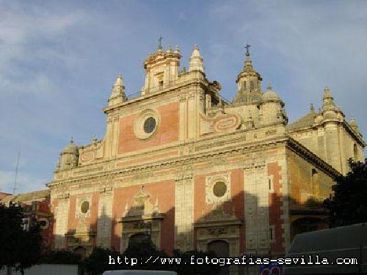 Visitas nocturnas a la iglesia del Salvador de Sevilla