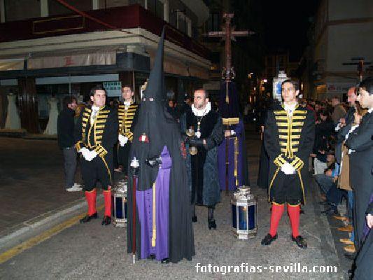 Foto del Muñidor de la Hermandad de la Mortaja de la Semana Santa de Sevilla