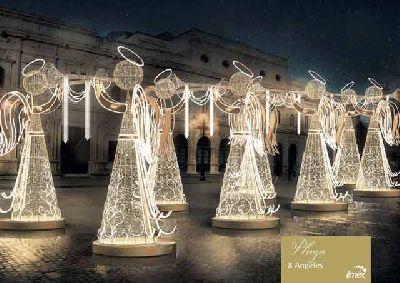 Imagen de Ángeles en la Plaza de San Francisco de Sevilla 2019