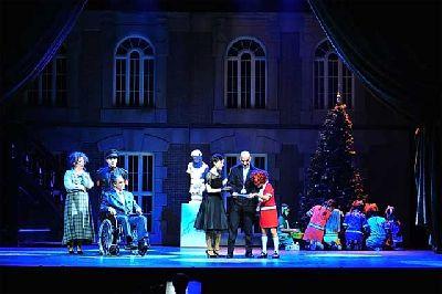 Foto promocional de Annie el musical de la compañía Theatre Properties