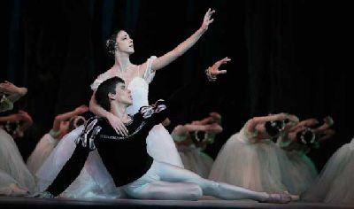 Danza: Giselle y Coppelia por el Ballet de Cuba en Sevilla