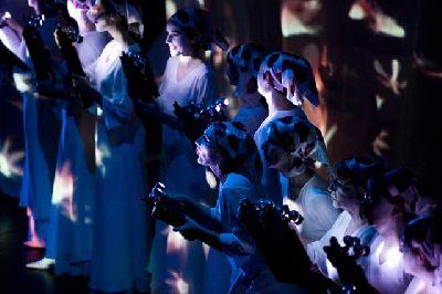 Espectáculo: Carmina Burana de La Fura dels Baus en Fibes Sevilla 2018