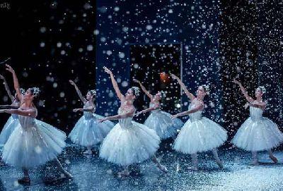 Foto del ballet El cascanueces de la Compañía Nacional de Danza