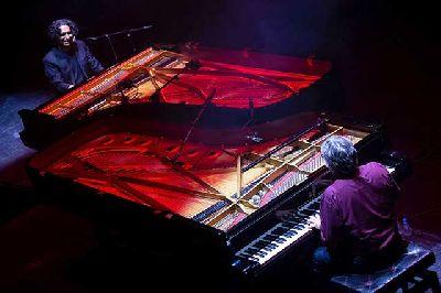 Foto promocional de Chano Domínguez y Diego Amador