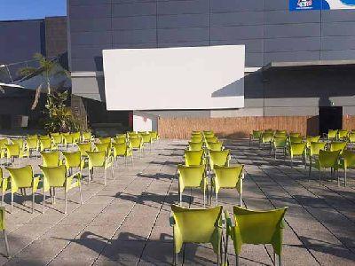Imagen del cine de verano Cine Zona en Zona Este Sevilla 2020