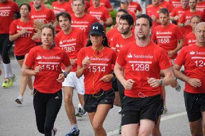 Carrera solidaria a beneficio de la Cruz Roja (Corre1km+ Sevilla)