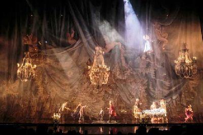 Foto promocional del espectáculo Corteo del Circo del Sol