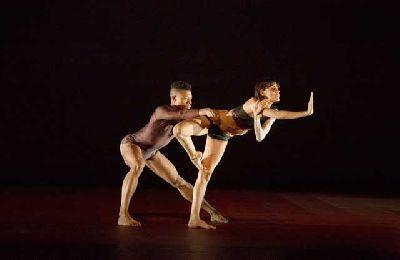 Danza: Atomos en el Teatro Central de Sevilla
