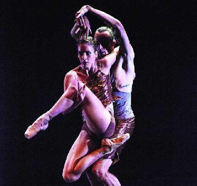 Danza: Dresden Frankfurt Dance Company en el Maestranza de Sevilla