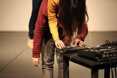 Danza: Hovering en el Centro de las Artes de Sevilla (CAS)