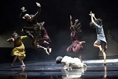 Danza: iTMOi (in the mind of igor) en Teatro Central Sevilla