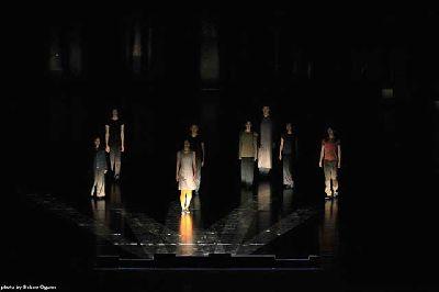 Danza: Mirror and Music en el Teatro Central de Sevilla
