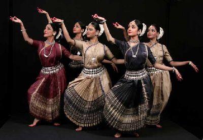 Danza india en la Fundación Tres Culturas de Sevilla