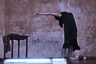 Danza: El Sollozo del Hierro en el Centro TNT-Atalaya Sevilla