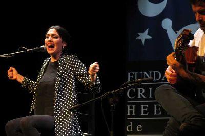Foto promocional de la cantaora Elisabeth Nadal