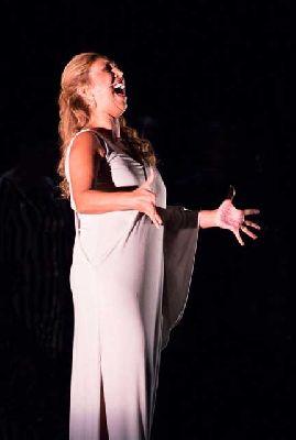 Flamenco: Esperanza Fernández en el Teatro Quintero de Sevilla