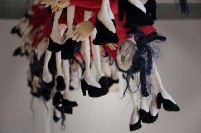Exposición: Mandonas de Anna Jonsson en 13 EspacioArte de Sevilla