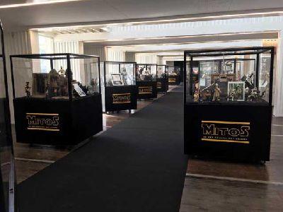 Exposición: Mitos de una Galaxia muy lejana en Mude Market Sevilla