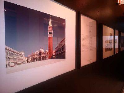 Imagen de la exposición Le Piazze (In)visibili - Las Plazas (In)visibles en Sevilla