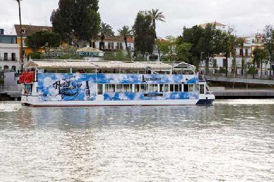 Recorridos en barco hasta la Feria de Sevilla
