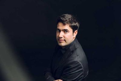 Foto promocional del pianista Francisco Montero
