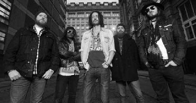 Foto promocional del grupo Gorilla Riot