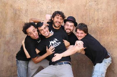 Teatro: Impro-On de Improductivos en Viento Sur Teatro Sevilla
