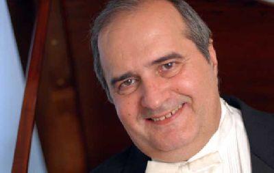Concierto: Jorge Luis Prats en el Teatro de la Maestranza de Sevilla