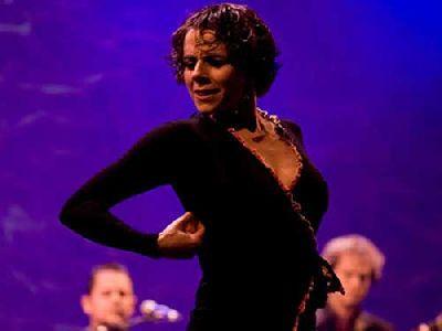 Flamenco: Leonor Leal en el CICUS Sevilla (21 Grados)