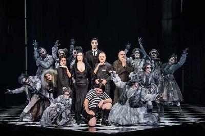 Musical: La Familia Addams en el Cartuja Center de Sevilla 2018