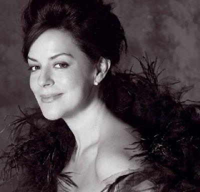 Concierto: Nancy Fabiola Herrera en el Maestranza de Sevilla