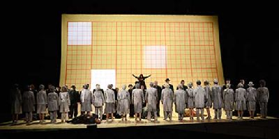 Ópera: Doctor Atomic en el Teatro de la Maestranza de Sevilla