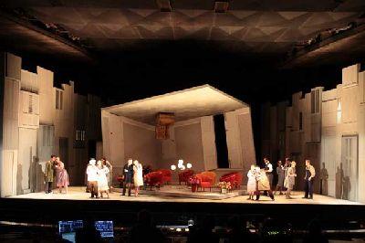 Foto promocional de la ópera Don Pasquale