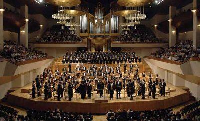 Concierto: Orquesta y Coro Nacionales en el Teatro de la Maestranza de Sevilla