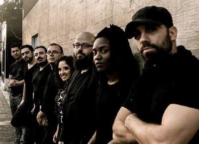 Foto promocional del grupo Patáx