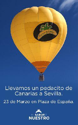 Vista de Sevilla en globo con Plátano Canarias en Plaza de España