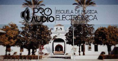 Cartel del Aniversario de ProAudio Escuela en el parque del Alamillo de Sevilla