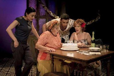 Teatro: Adentro en el Teatro Lope de Vega de Sevilla