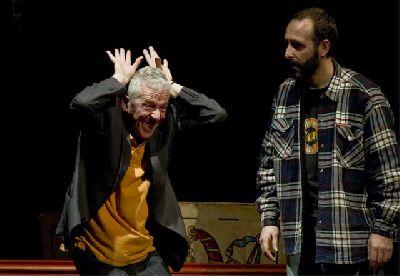 Teatro: Aquí va a pasar algo en La Imperdible de Sevilla