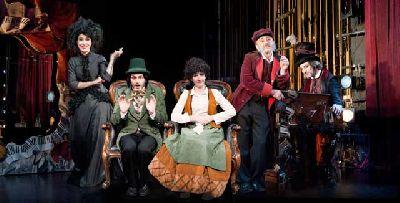 Teatro: Atchúusss!!! en el Teatro Lope de Vega de Sevilla