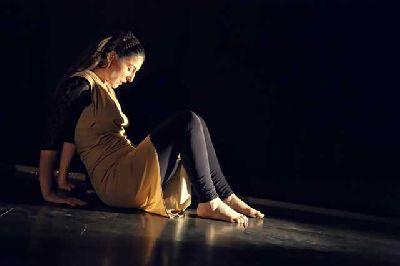 Foto promocional de la obra de teatro Blanca Desvelada por la compañía Aleteo Teatro