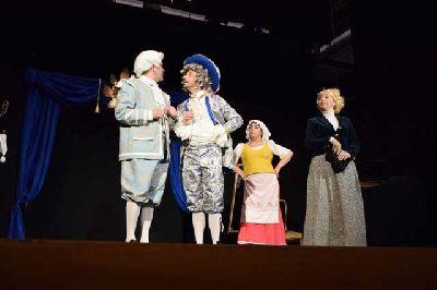 Teatro: El burgués gentilhombre en Palacio Marqueses de la Algaba de Sevilla