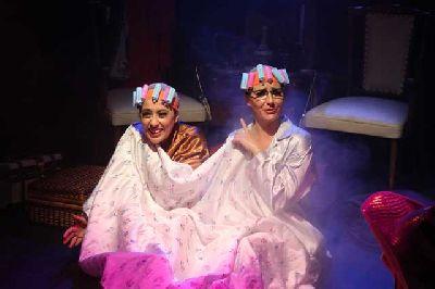 Teatro: Cabaret Desahuciado en La Fundición de Sevilla