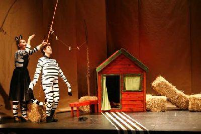 Teatro infantil: La cebra Camila en La Imperdible Sevilla (septiembre 2016)