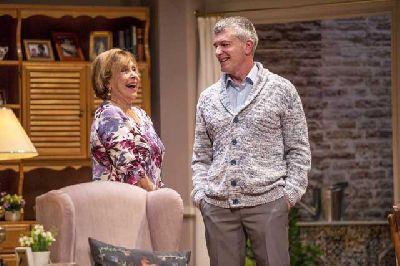 Foto promocional de la obra de teatro Conversaciones con mamá