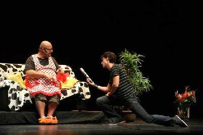 Teatro: Dos hombres solos, sin punto com ni ná... en Sevilla