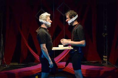 Foto promocional de la obra Eco de Ymedio Teatro