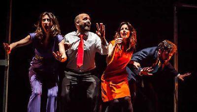 Foto promocional de la obra El ascensor de Paripé Teatro y Pespunte Producciones
