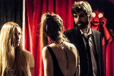 Teatro: El infierno son los otros, Estrénate en el CICUS Sevilla