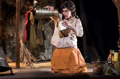 Teatro infantil: El refugio en el Teatro Central de Sevilla